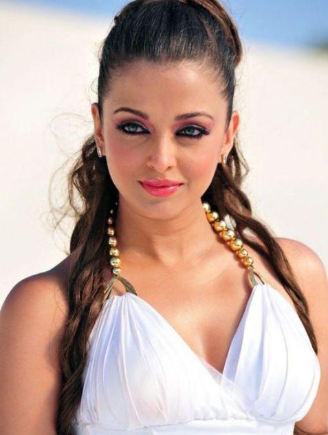 Endhiran-Cute-Aishwarya